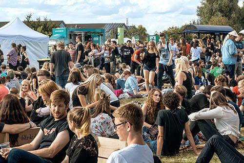 (C) Christian Schaarschmidt & Judith Jughenn / Green Juice Festival / Zum Vergrößern auf das Bild klicken