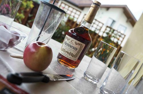 (C) Arnold Burghardt / Hennessy Very Special Apple / Zum Vergrößern auf das Bild klicken