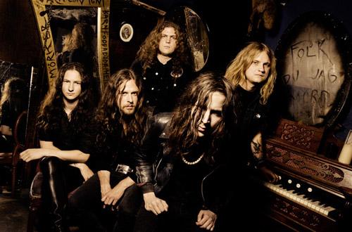 (C) Metal Blade Records / IN SOLITUDE / Zum Vergrößern auf das Bild klicken