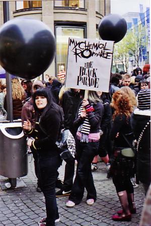 blackparade2 / Zum Vergrößern auf das Bild klicken