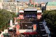 03. Oktober 2009, Brandenburger Tor (c) Coca-Cola Soundwave Discovery Tour 2009 / Zum Vergrößern auf das Bild klicken