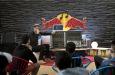 (C) Red Bull / Red Bull Music Academy Bass Camp / Zum Vergrößern auf das Bild klicken